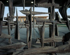 The gates to the Knesset complex were designed by sculptor David Palombo. The gates are a memorial for the destruction of world Jewry during World War II by the Nazi regime.